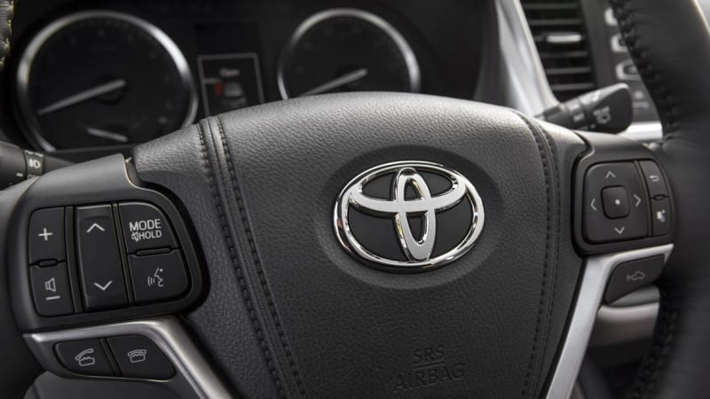 Toyota partners with Uber for ridesharing, leasing