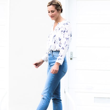 Street style tip of the day: How to wear mom jeans
