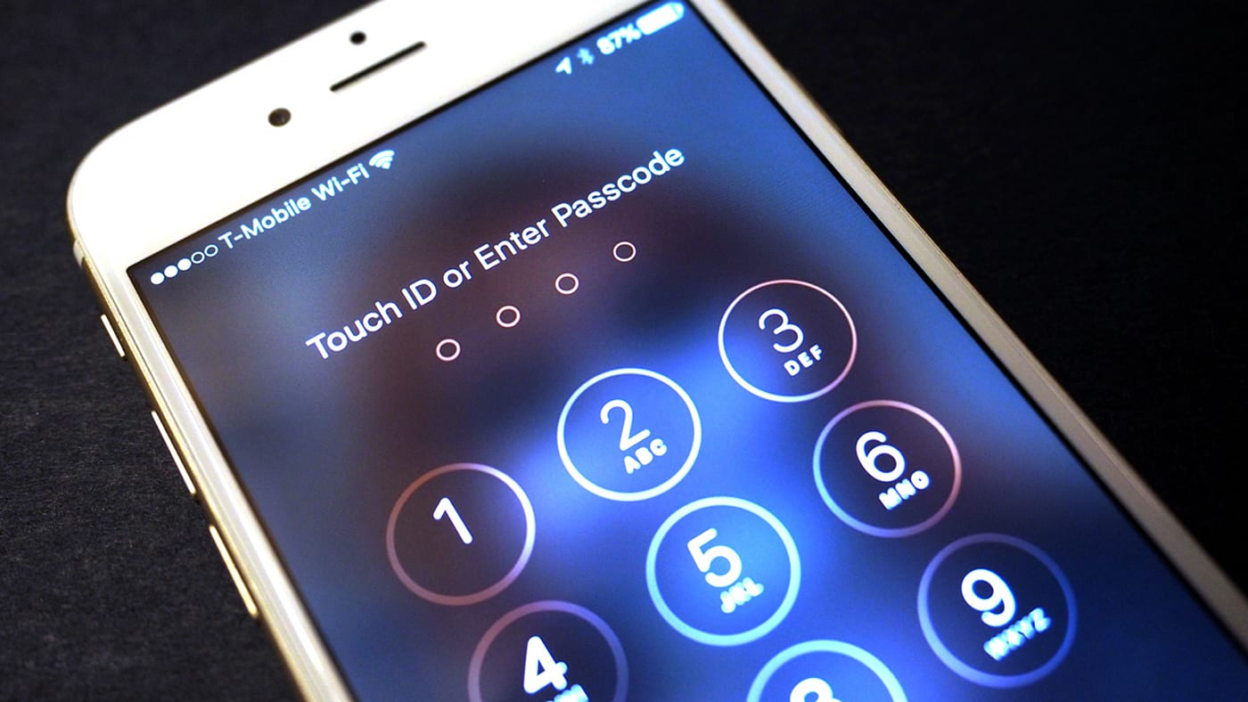 Apple wants to know how the FBI will hack its phone