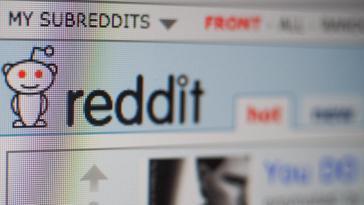 Reddit experiment brings you news without the community