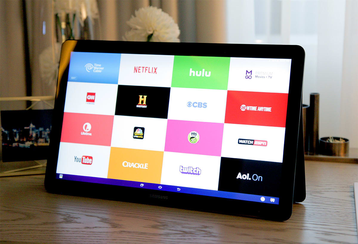 AT&T will carry Samsung's ludicrously large Galaxy View on Friday