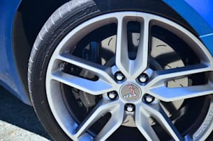 2014 Chevy C7 Corvette Stingray wheel