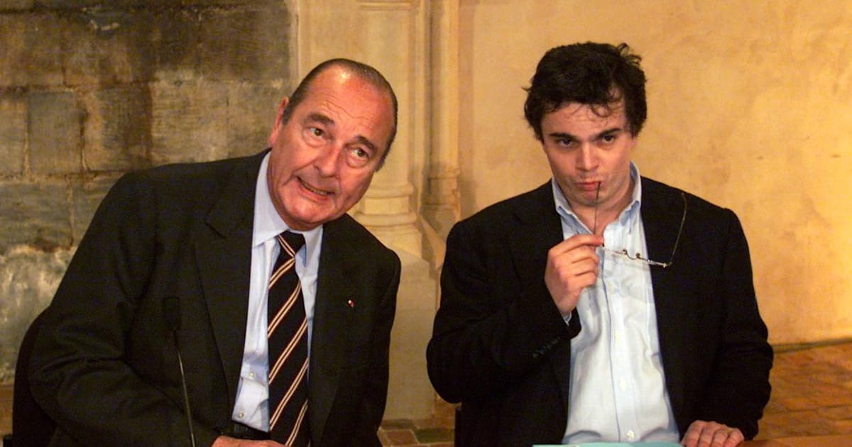alexandre jardin a une anecdote hallucinante sur cette photo avec jacques chirac. Black Bedroom Furniture Sets. Home Design Ideas