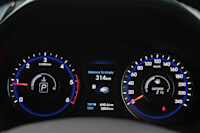 2014 Hyundai i40 Tourer gauges