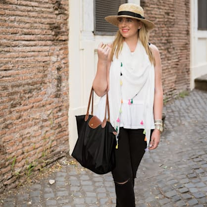 Street style tip of the day: Tassels and travels