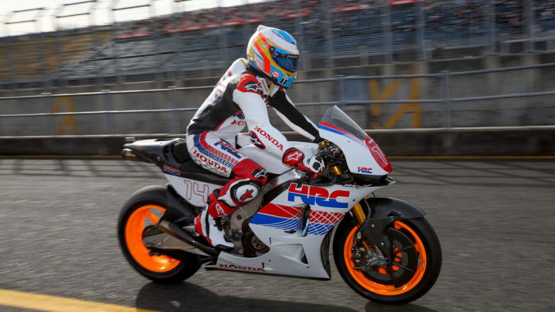 Fernando Alonso tries out fast motorcycles and Senna's McLaren