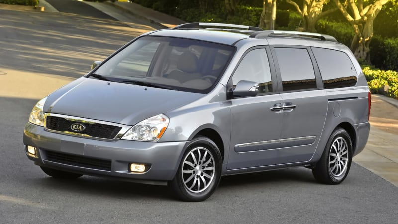 Kia Recalls 98 000 Sedona Minivans For Suspension