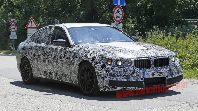 Next-gen BMW M5 spied on Munich roads