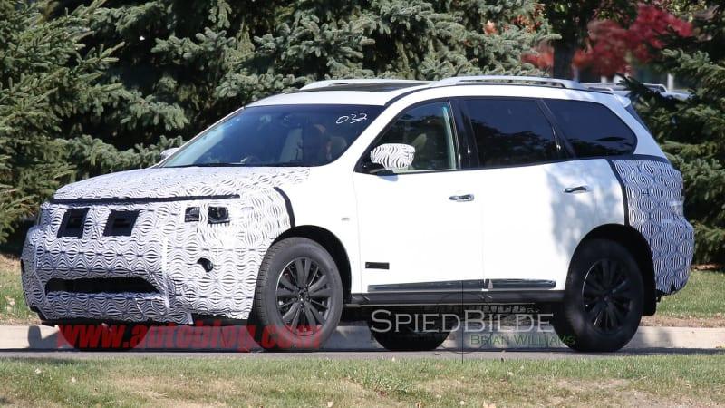 2017 Nissan Pathfinder caught testing