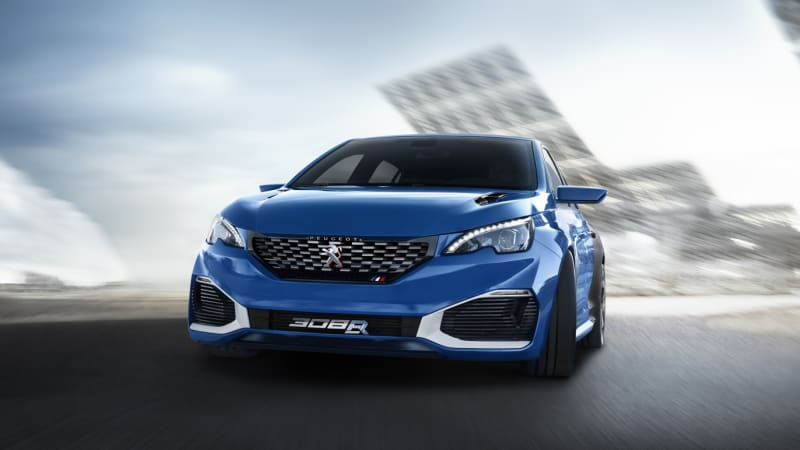Peugeot 308 R Hybrid plugs in 500 horses for Shanghai