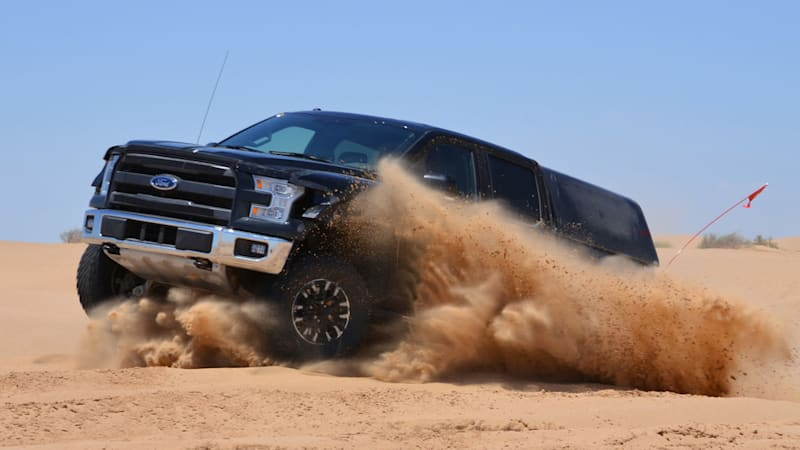 2017 Ford F-150 Raptor desert testing heats up