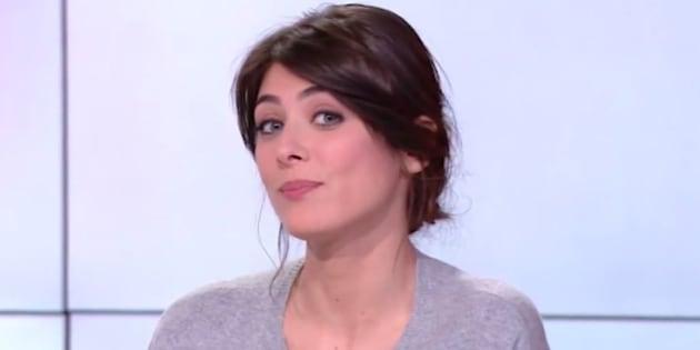 Cyrille eldin change un baiser avec sa compagne et chroniqueuse sandrine calvayrac pour la - Sandrine quetier vie privee ...