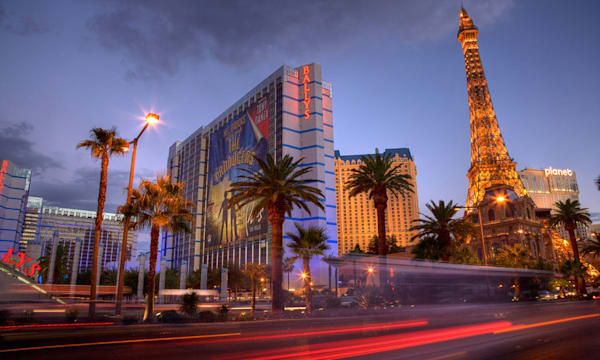 B3BA9T Las Vegas Strip at Dusk, Paradise, Las Vegas, Nevada, USA