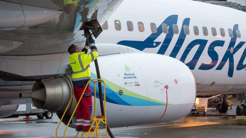 Alaska Airlines flies passengers using wood-based biofuel