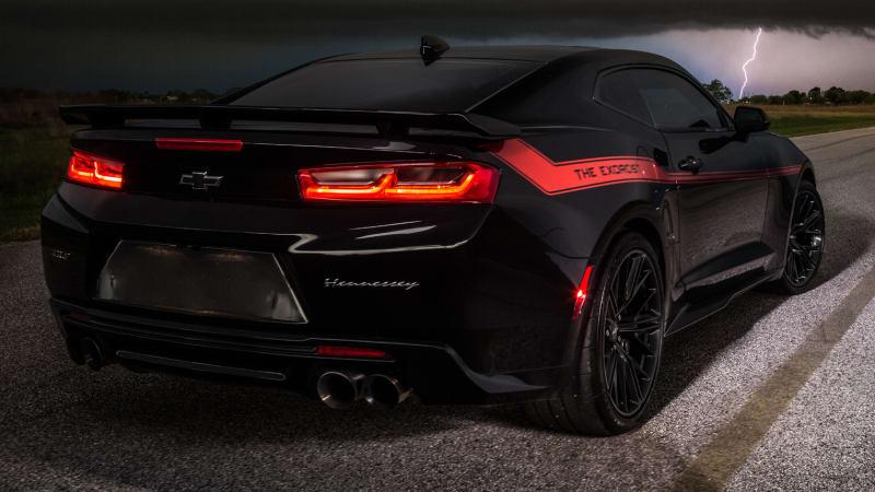 Demon Meet Exorcist Hennessey S 1 000 Horsepower Camaro Autoblog