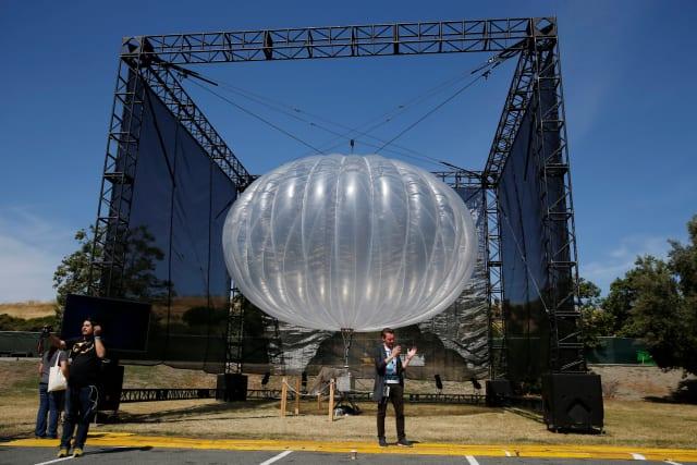 Alphabet spart sich eine ganze Menge Luftballons