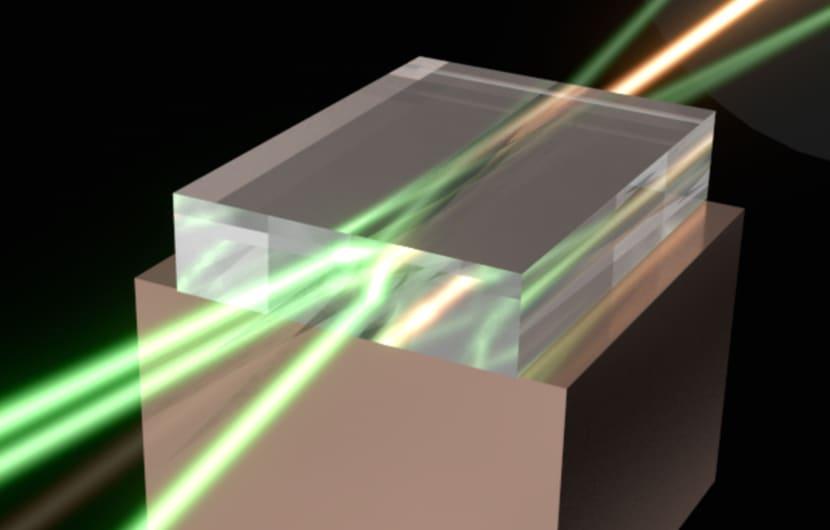 Forscher bauen Laser-Multiplikator