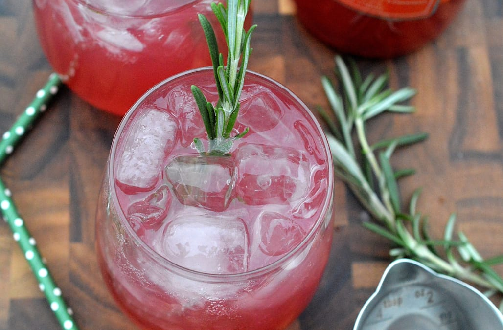 Make this quick blood orange rosemary vodka cocktail - AOL Food
