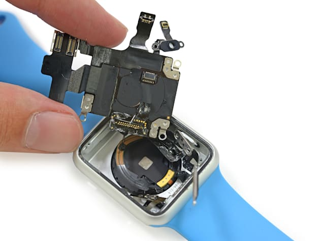 Here's the Apple Watch torn apart for your pleasure