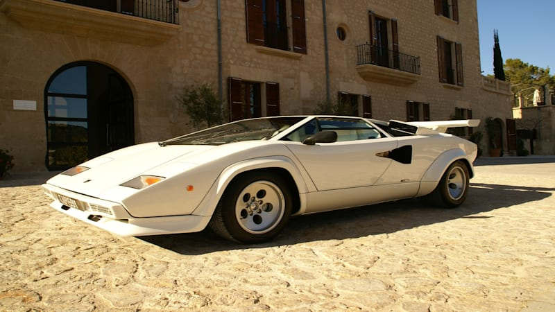 would you pay lamborghini aventador money for a countach automotive news newslocker. Black Bedroom Furniture Sets. Home Design Ideas
