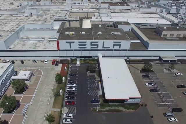 Tesla-Fertigungsmitarbeiter ruft zur Organisation auf