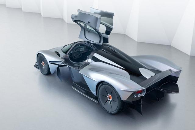 Pégale un repaso de cerca al extravagante Aston Martin Valkyrie