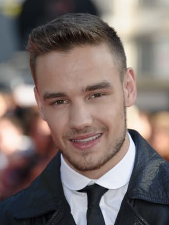 Liam Payne defends new girlfriend Sophia Smith on Twitter