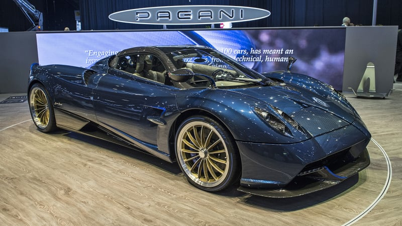 pagani presents its huayra roadster at geneva autoblog. Black Bedroom Furniture Sets. Home Design Ideas