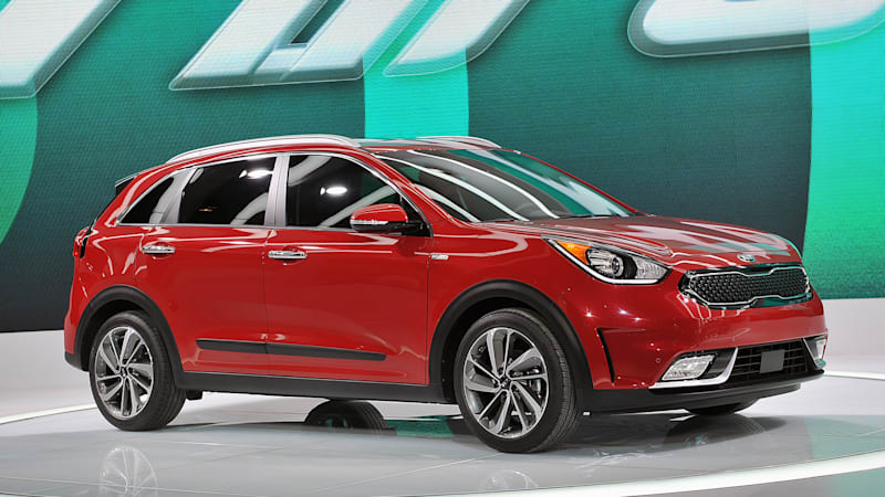 kia niro crossover is the company 39 s first dedicated hybrid autoblog. Black Bedroom Furniture Sets. Home Design Ideas