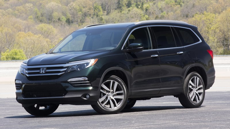 2016 honda pilot earns iihs top safety pick score autoblog for Certified pre owned honda pilot 2016