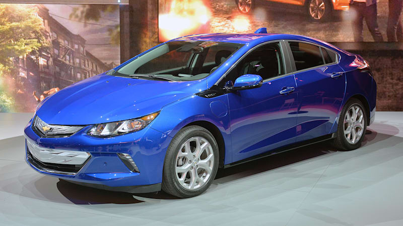2016 chevy volt orders start tomorrow autoblog. Black Bedroom Furniture Sets. Home Design Ideas