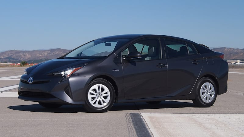 Consumer Reports: 2016 Prius is most efficient hybrid ever