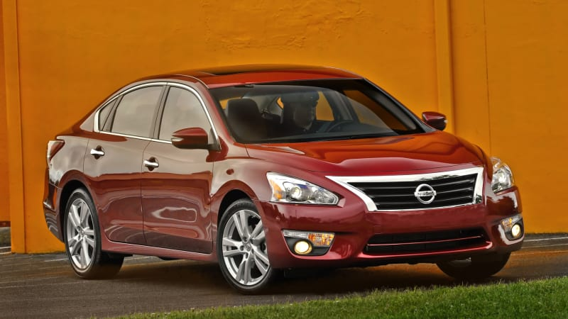 Nissan expands Altima hood latch recall to 625k cars