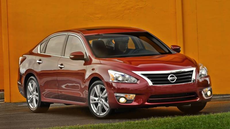 Nissan recalls 846k Altimas for secondary hood latch problem