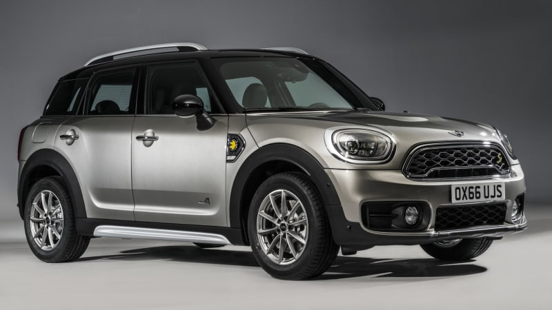 2017 Mini Countryman is even bigger and now has a plug-in model