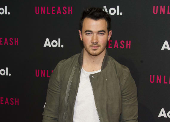 Kevin Jonas is selling his luxurious NJ mansion