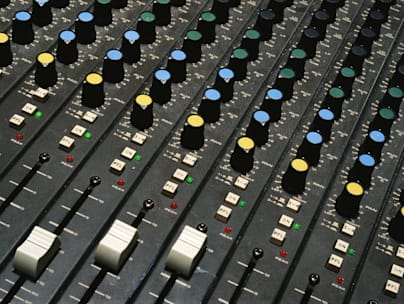 |audio|background|bass|black|blue|broadcasting|business|center|closeup|color|console|control|detail|dial|equalizer|green|hi fi|h