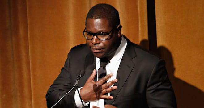 461134381 12 Years a Slave Director Steve McQueen Heckled During Awards Ceremony
