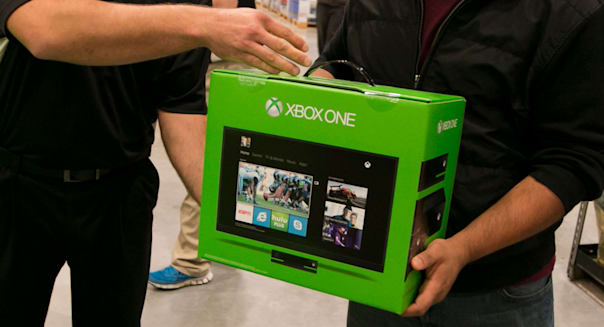 crowd at new COSTCO store to take advantage of reduced price on the new XBox One