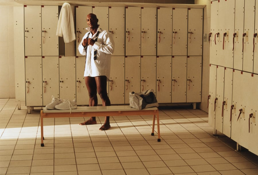 The definitive guide to change room etiquette