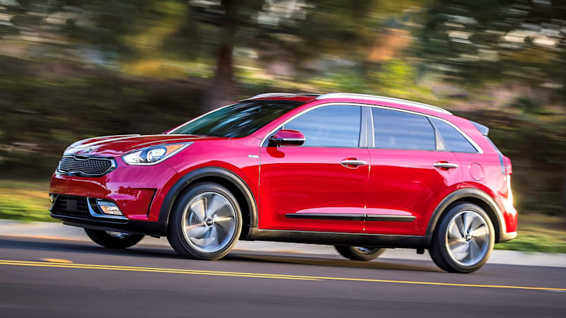 Kia Niro shares Hyundai Ioniq parts, could become an EV