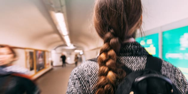 Cinq mois après, une ado reconnaît son violeur dans le métro — Paris