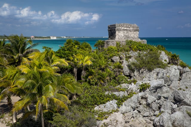 Ruins of Mayan temple grounds at Tulum, Yucatan, Mexico