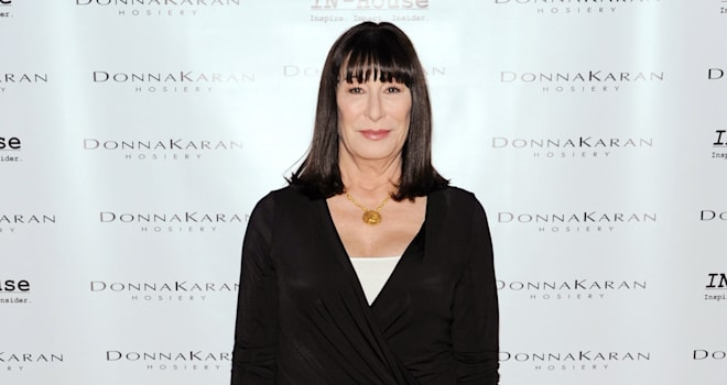 anjelica huston downton abbey