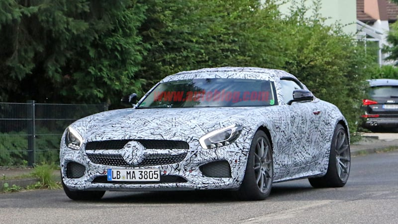 Here's the Mercedes-AMG GT C Roadster and its fabric top