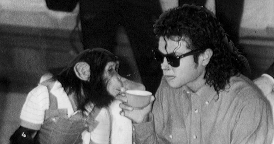 Michael Jackson Visits Japan