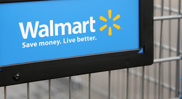 Walmart Lowers Earnings Estimate After Weak Second Quarter