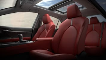2018 Toyota Camry seats