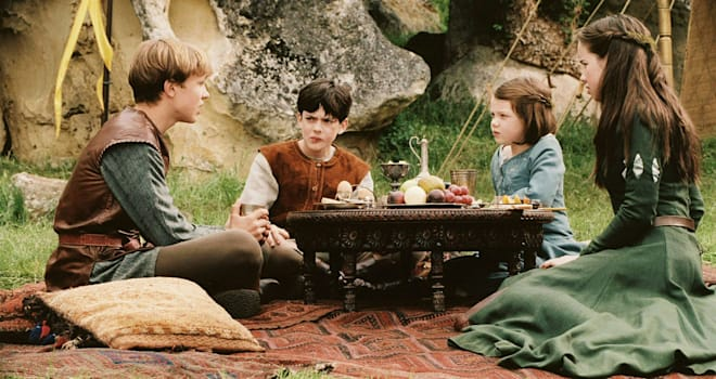 The Chronicles of Narnia: The Lion, the Witch and the Wardrobe  Year : 2005 - USA Director : Andrew Adamson