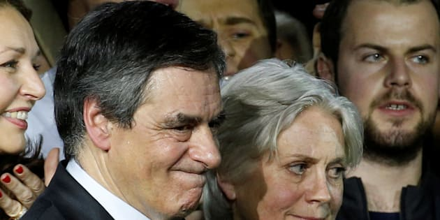 Information judiciaire ouverte par le parquet national financier — François Fillon